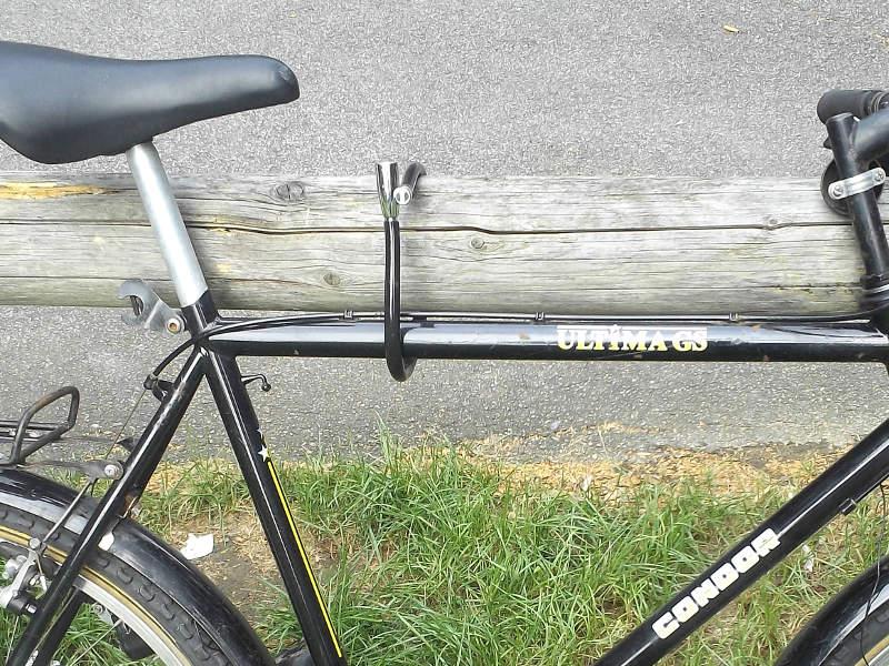 Fahrradschloss am Fahrradrahmen