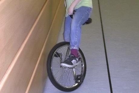 Einradfahren eine Sache der Übung