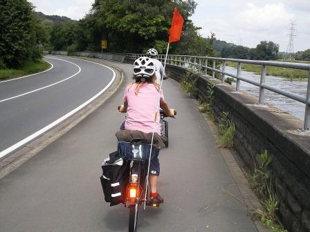 Radwandern und in Jugendherberge einkehren
