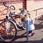 Leider fehlt der Fahrradständer